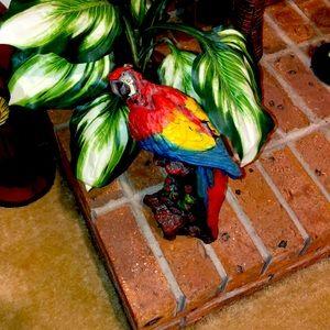 🦅 Bird statue